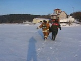 Занятия по спасению людей на льду МЧС Браслав